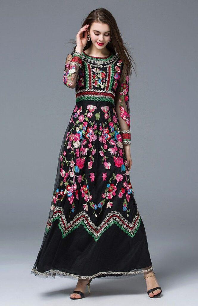 لباس مناسب فرمالیته قاجاری اصفهان